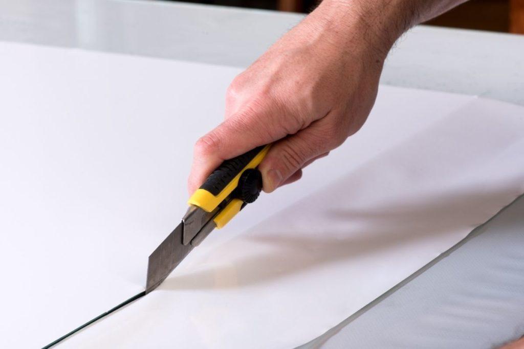 Carpet Knife vs Utility Knife Utility Knife