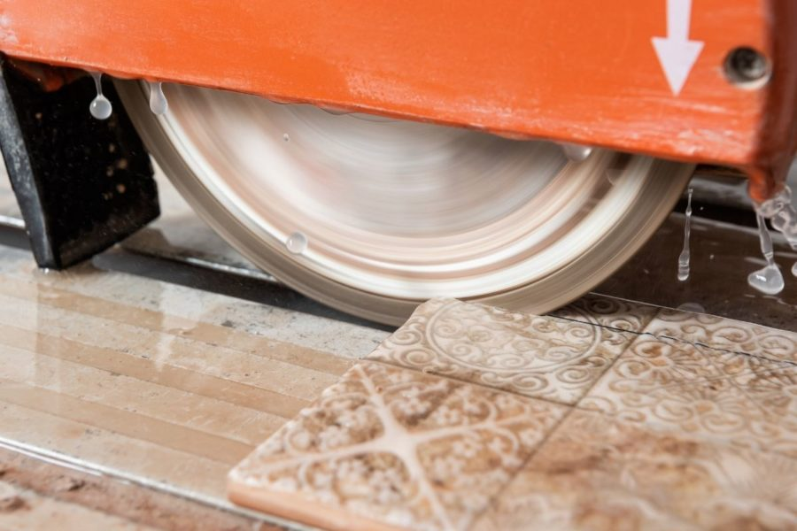 Wet Tile Saw for DIY Cover Photo