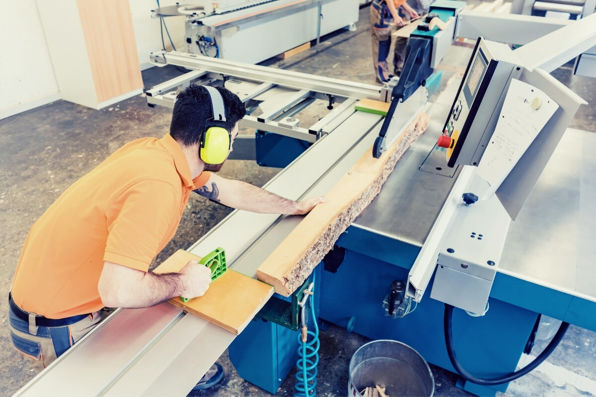 How To Use a Table Saw Image