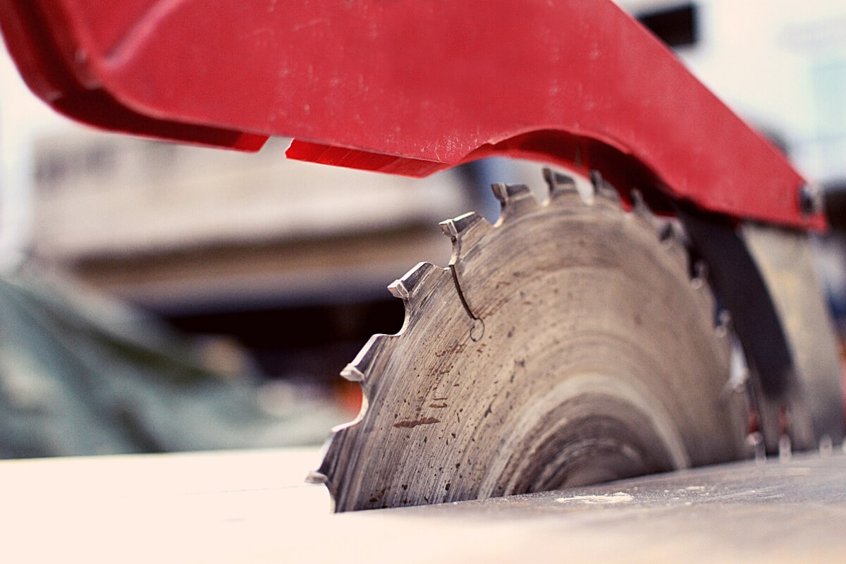 How to Tune a Table Saw Image
