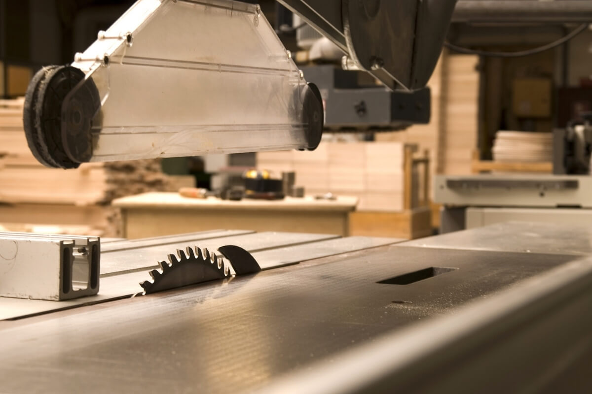 What are the parts of table saw Image