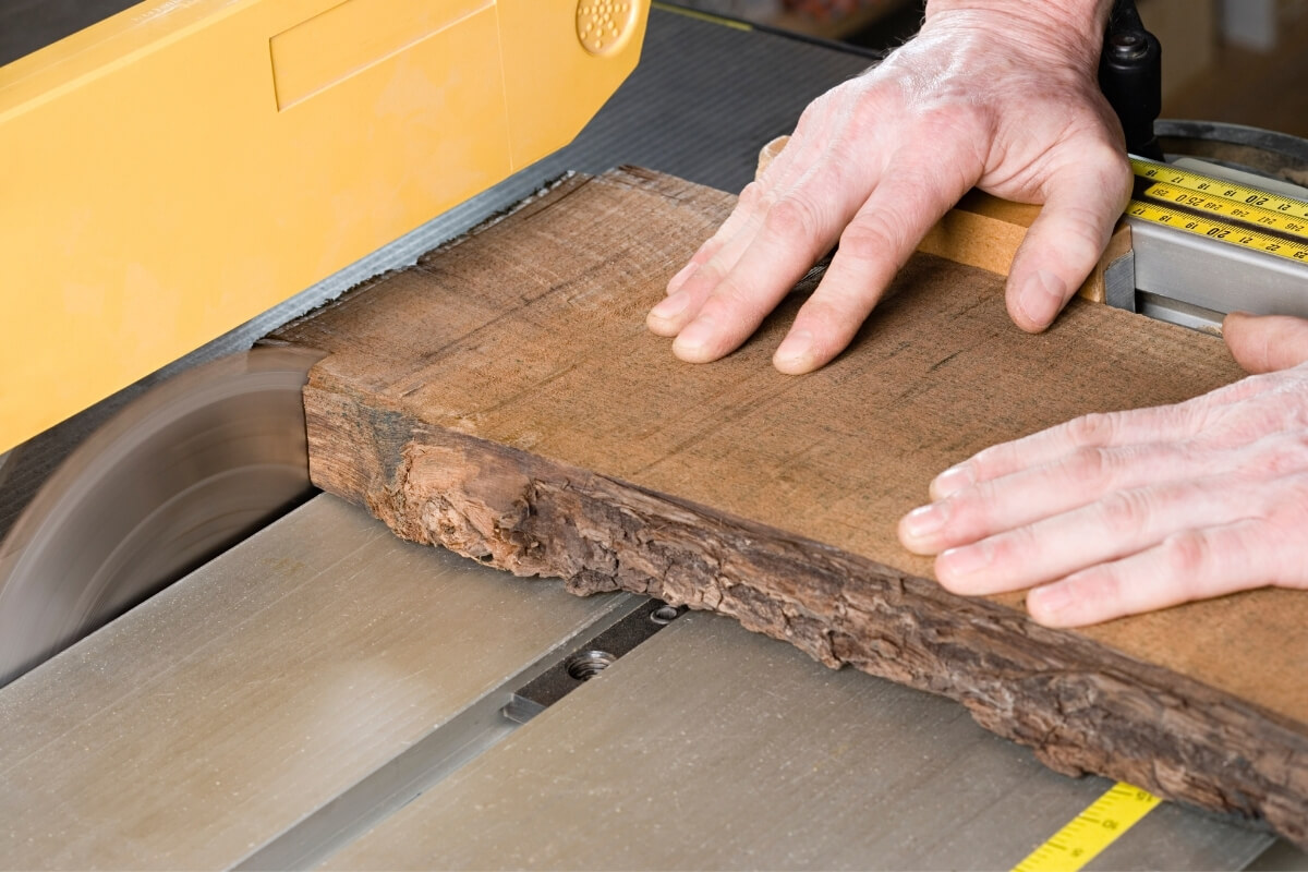 What is a Table Saw Featured Image